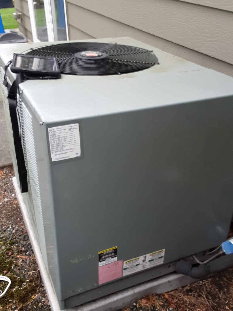 Edmonds, WA - Tune up on a Rheem heatpump system in Edmonds