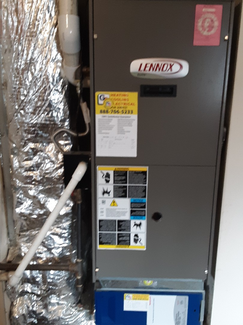 Bothell, WA - Planned maintenance on a Lennox gas furnace in Everett