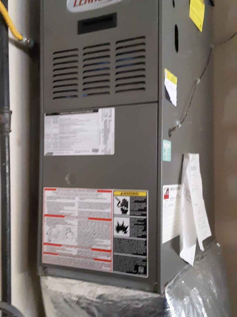 Lynnwood, WA - Diagnosed and replaced failed hot surface ignitor on a Lennox gas furnace in Lynnwood