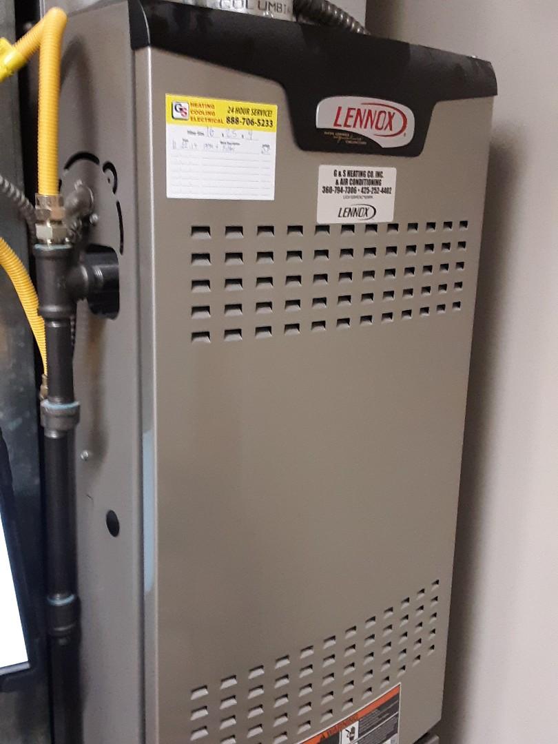 Lynnwood, WA - Planned maintenance on a Lennox gas furnace in Everett