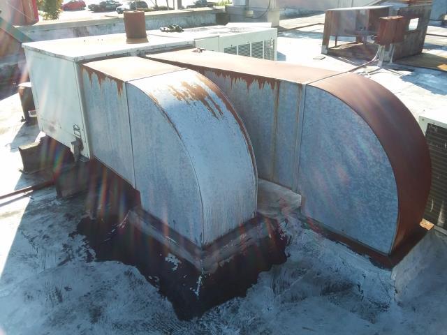 Lake Stevens, WA - Replacing Two roof top unit in Lake Stevens Washington with new Trane units.