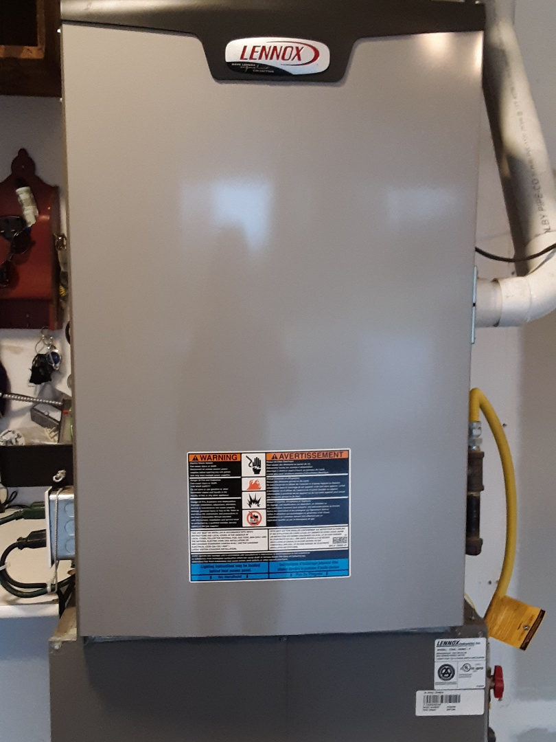 Snohomish, WA - Performed a tune-up on a Lennox gas furnace and heat pump system in Snohomish