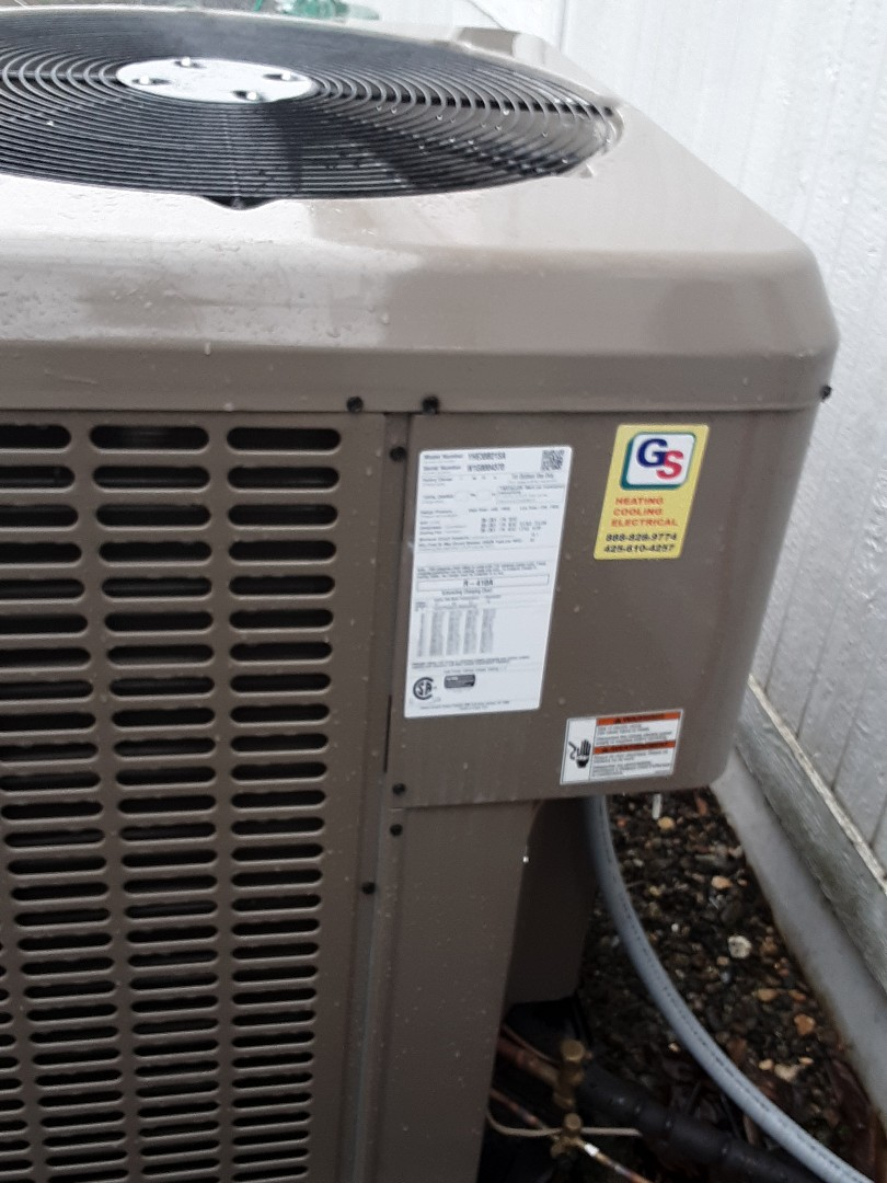 Mukilteo, WA - Performed planned maintenance on a York heat pump system in Bothell