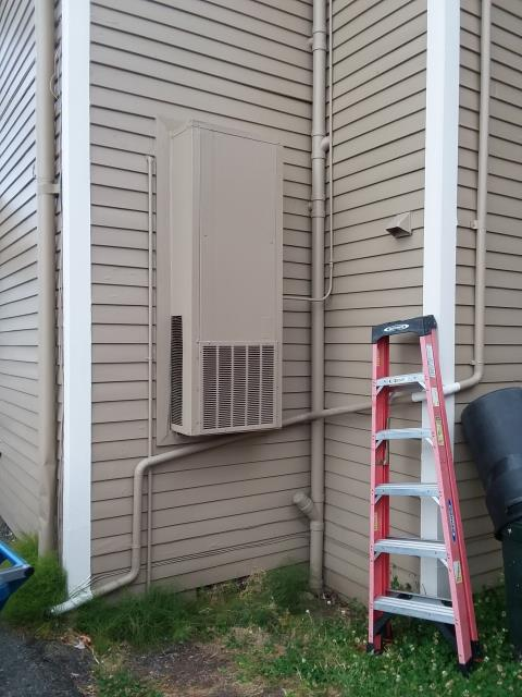 Snohomish, WA - Replacing Bard furnace with new duct less heat pump system