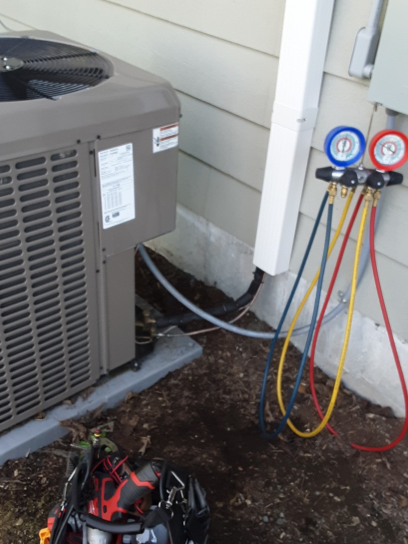 Brier, WA - Performed routine planned maintenance on a York heat pump system in Lynnwood