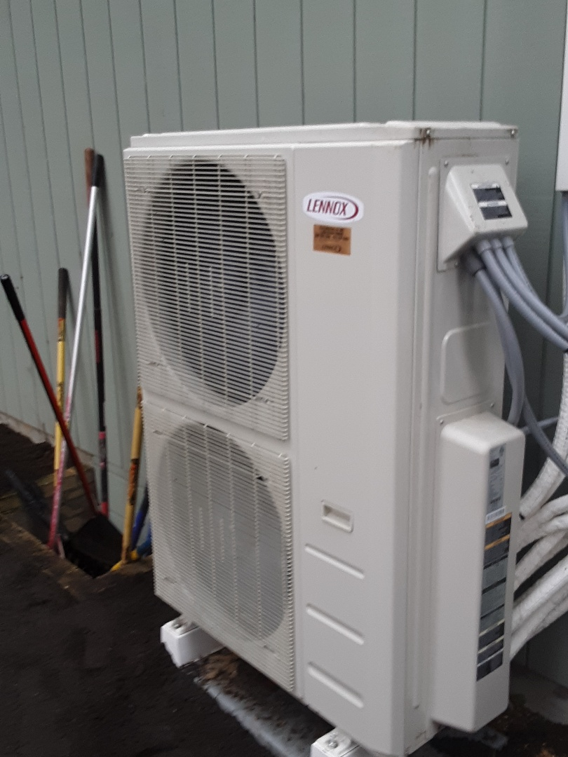 Edmonds, WA - Performed planned maintenance on a Lennox ductless heatpump system in Edmonds