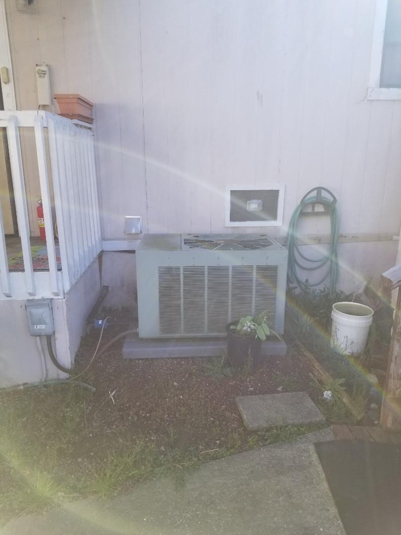 Sultan, WA - Providing an estimate to install a York heat pump in Sultan.