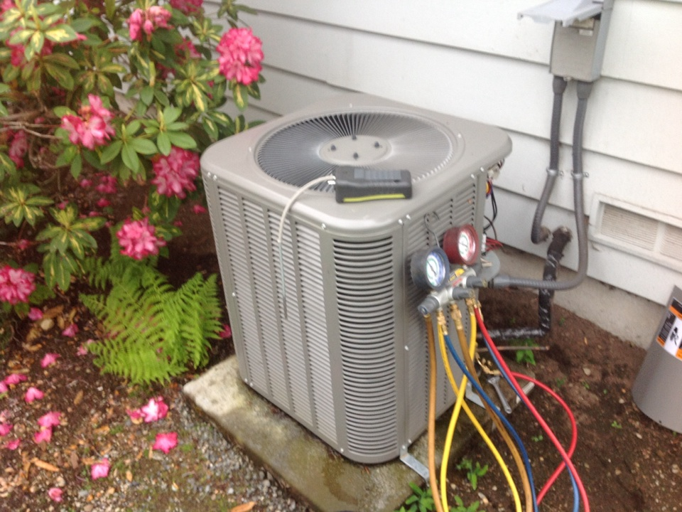 Monroe, WA - Lennox heat pump and air conditioner service monroe