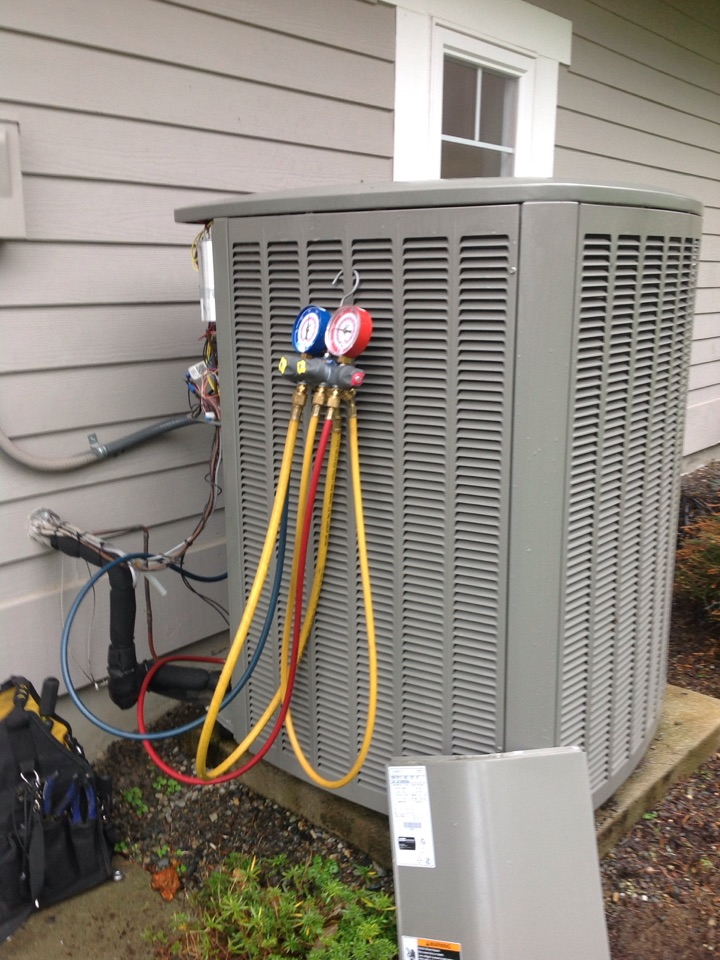 Carnation, WA - Performed routine bi-annual maintenance on a Lennox heat pump and air conditioning system. Carnation, WA.