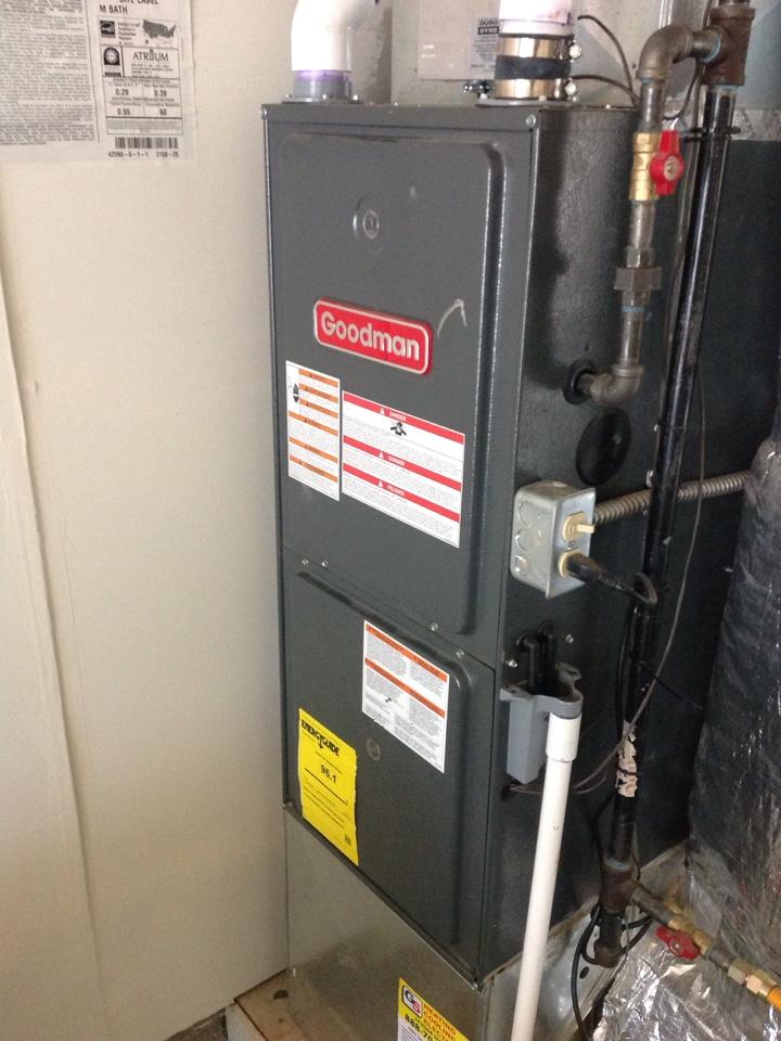 Kirkland, WA - Performed precision tune up on a Goodman natural gas furnace. Kirkland, WA.