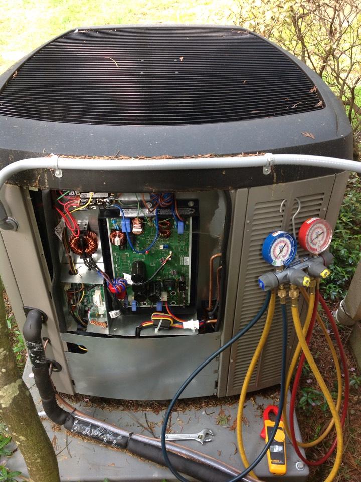 Kirkland, WA - Performed regular bi-annual maintenance on a Lennox heat pump and air conditioning system. Kirkland, WA.