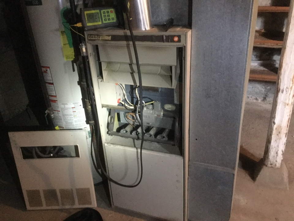 Monroe, WA - Lennox gas furnace tune up Monroe.