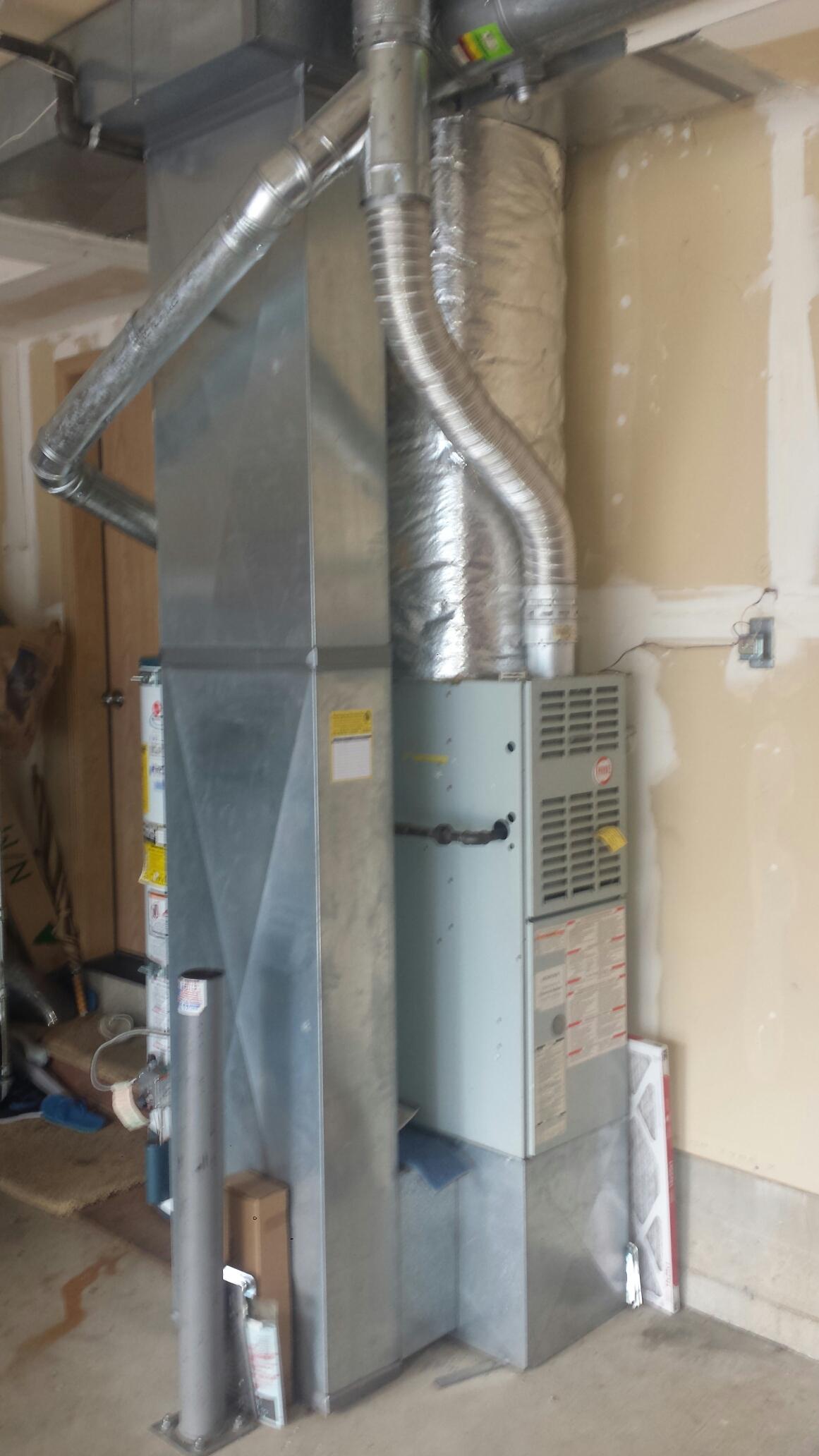 Lynnwood, WA - Repairing Payne furnace in Lynnwood.