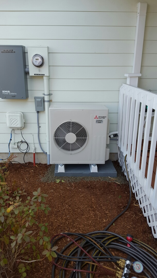 Lake Stevens, WA - Installed a Mitsubishi mini split today for a customer in Monroe what a great idea to put one in your garage and have Heating and Cooling