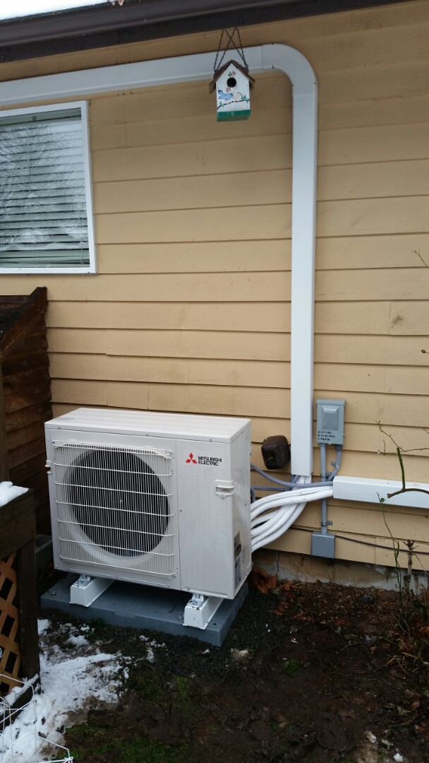 Lynnwood, WA - Ductless install. Put in a 3 head ductless heat pump.