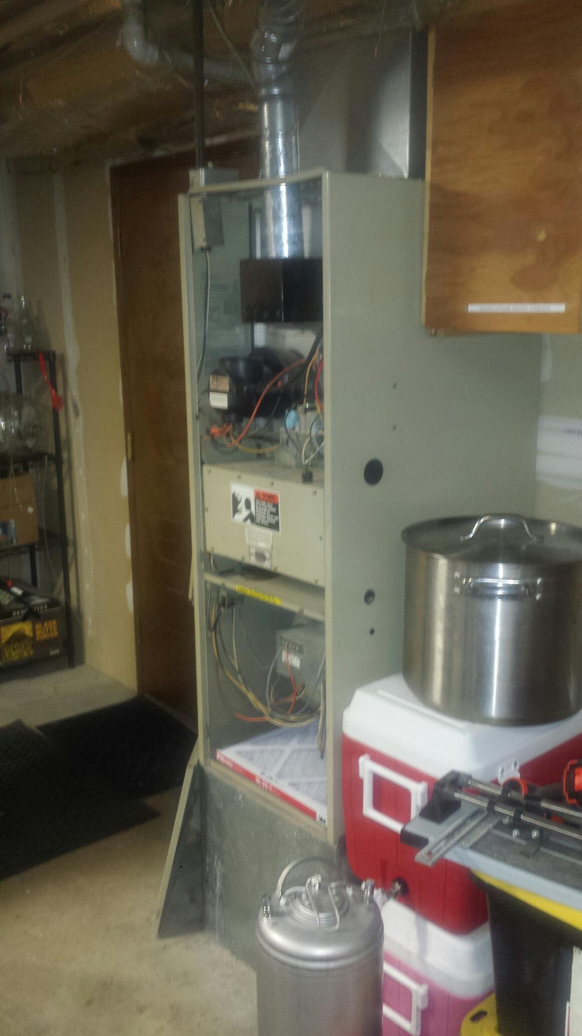Lynnwood, WA - Repairing Rheem furnace in Lynnwood.