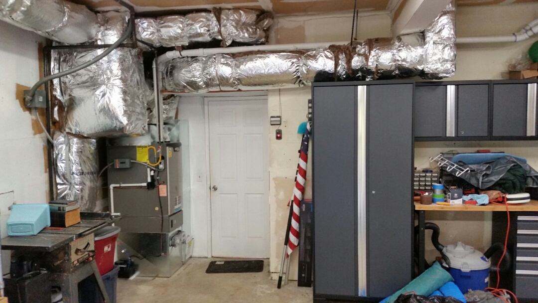 Edmonds, WA - New high efficiency gas furnace and duct work