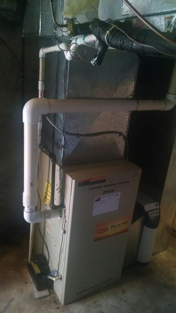 Lynnwood, WA - Installation of Lennox Heat Pump in Snohomish