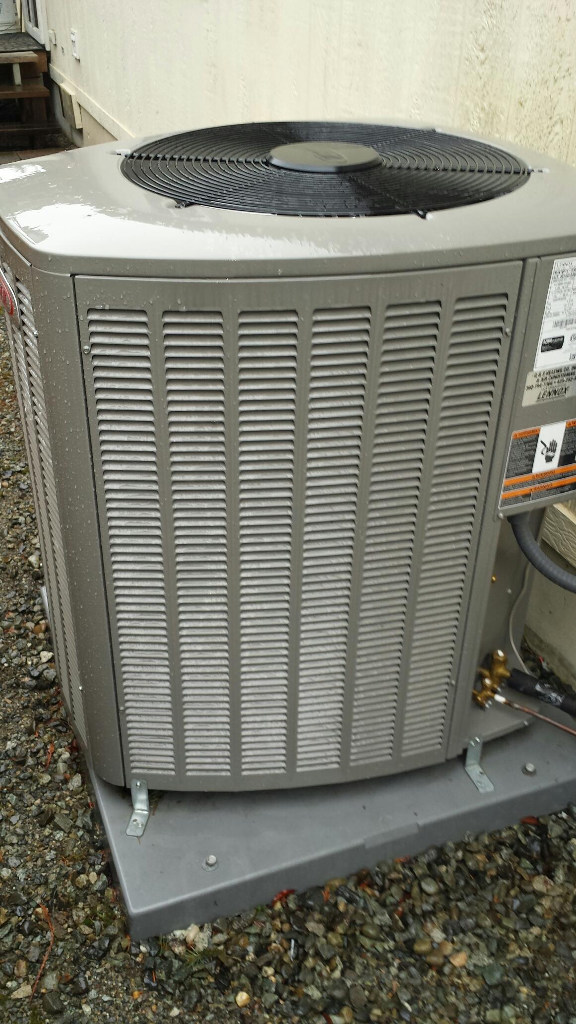 Everett, WA - Completed planned maintenence on Lennox heat pump in everett.