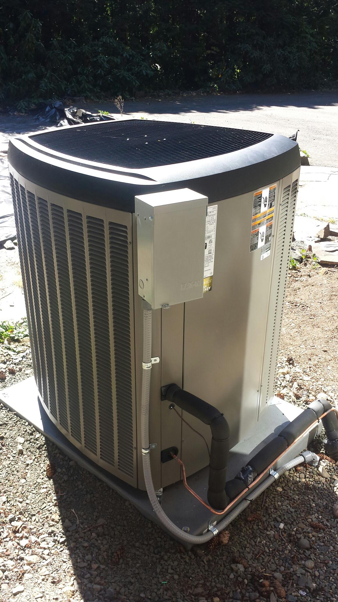 Monroe, WA - Completed maintenance on a Lennox heat pump in Monroe.
