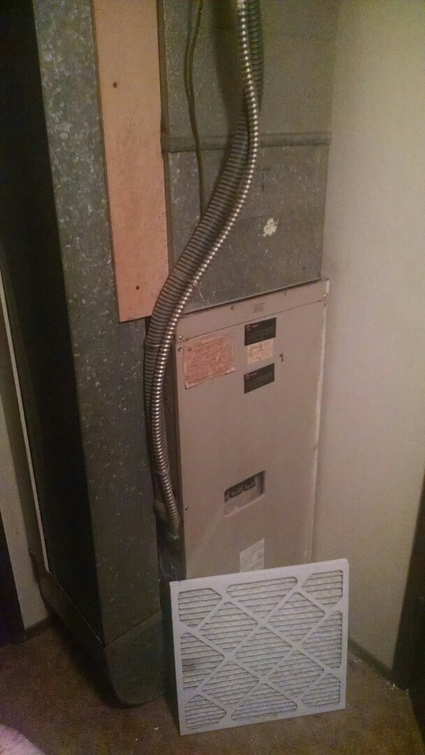 Bothell, WA - Installation of Lennox Heat Pump in Bothell