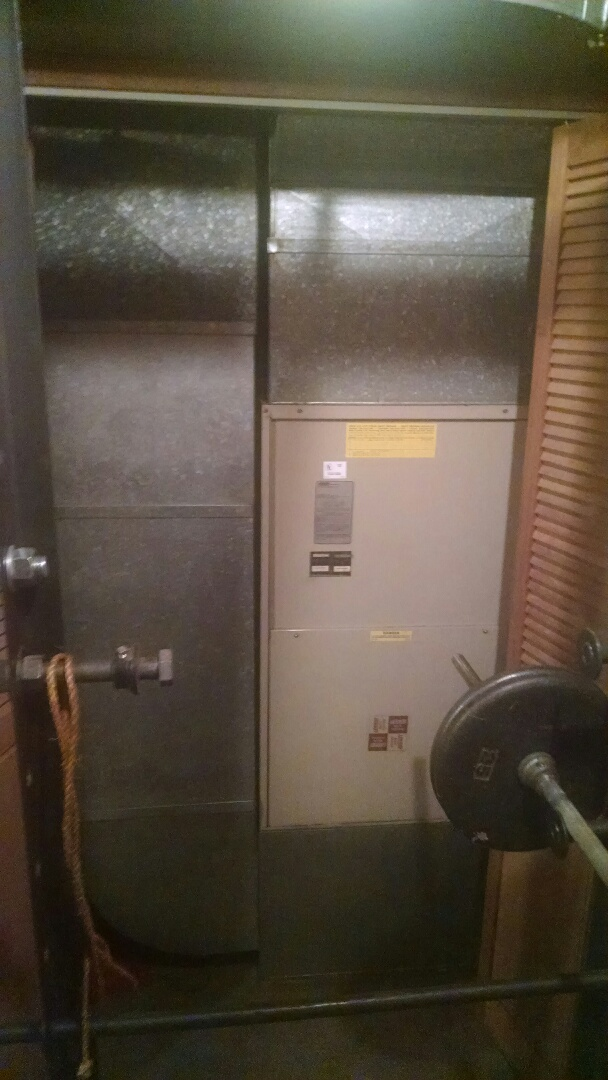 Shoreline, WA - Installation of Lennox Heat Pump in Shoreline