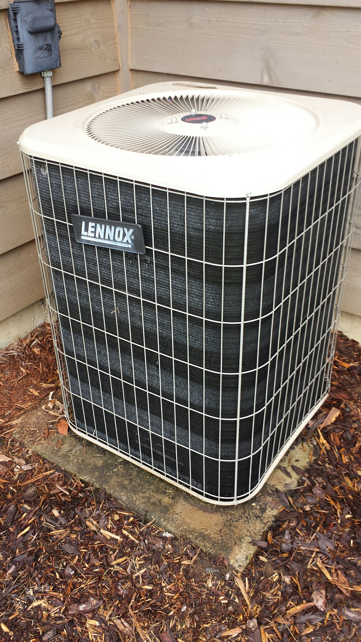 Monroe, WA - Completed service call on a LENNOX heat pump in Monroe.