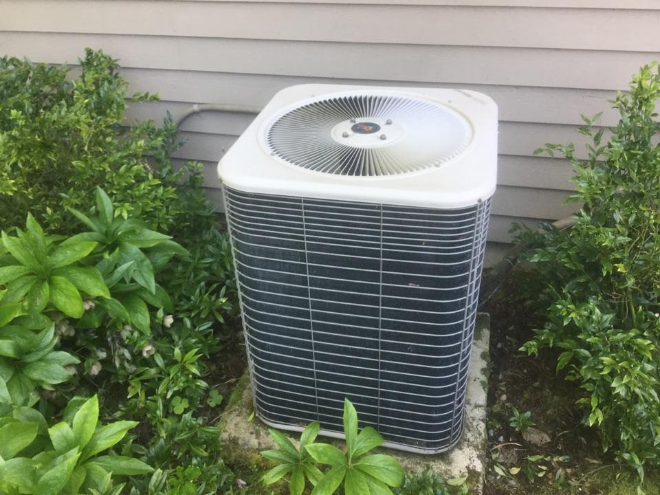 Snohomish, WA - Lennox air conditioner service Snohomish