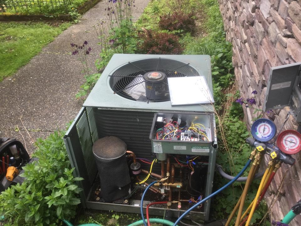 Snohomish, WA - Rheem heat pump maintenance Snohomish