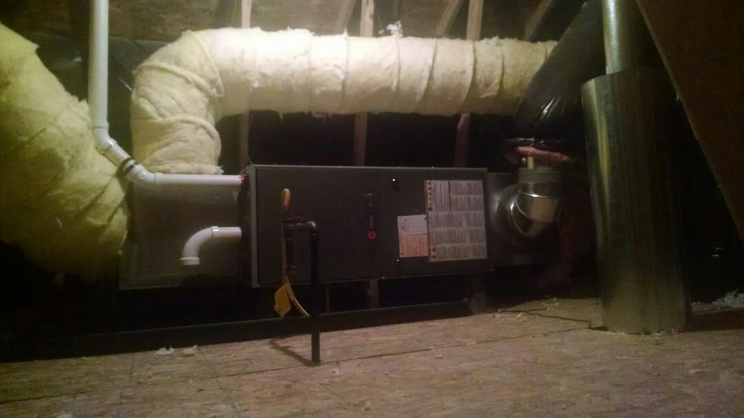 Lynnwood, WA - Installation of Lennox Air conditioning in Lynnwood