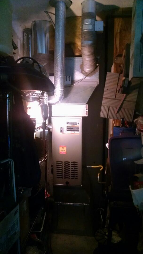 Lynnwood, WA - Installation of Lennox Heat Pump in Shoreline