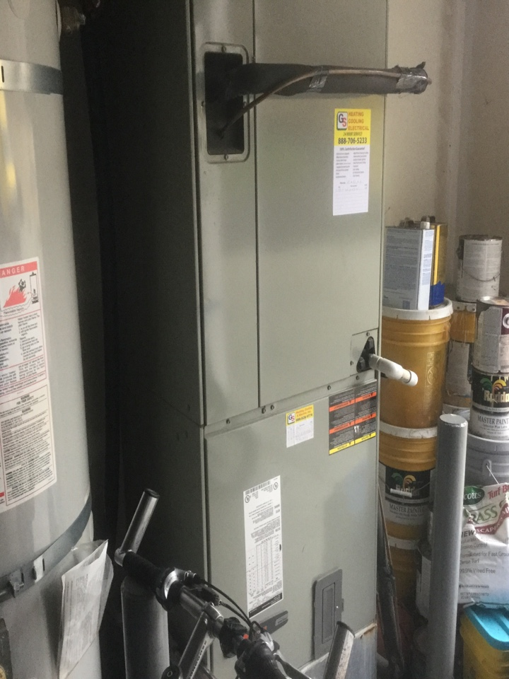 Snohomish, WA - Performing a service call on a Lennox  air handler in Snohomish, WA