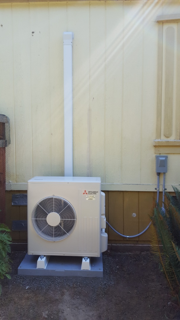 Lake Stevens, WA - Finished installing a Mitsubishi mini-split ductless heat pump system for customers in Sultan today happy to have more efficient heating and cooling for their home