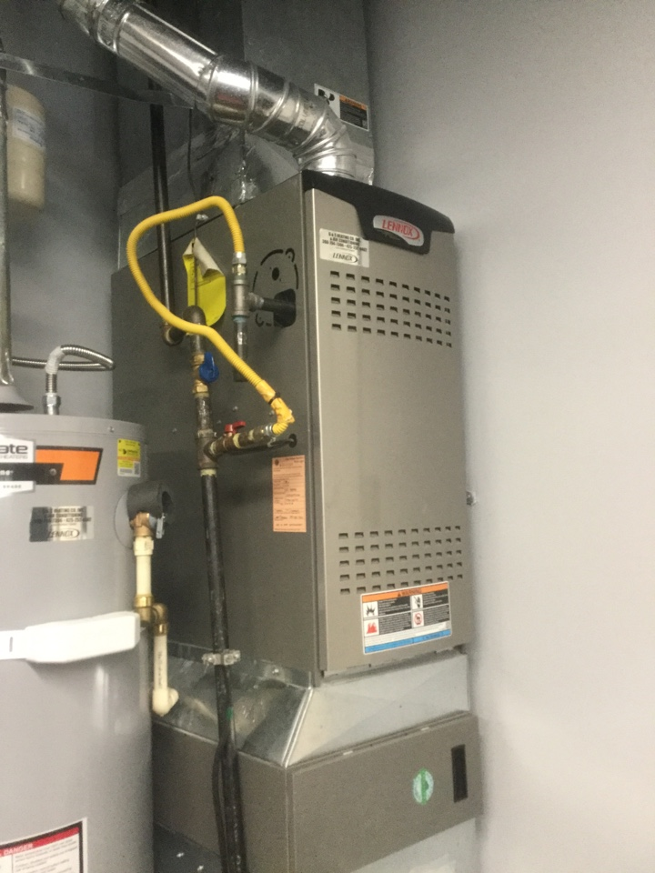 Bothell, WA - Performing a planned maintenance on a Lennox gas furnace in Bothell, WA
