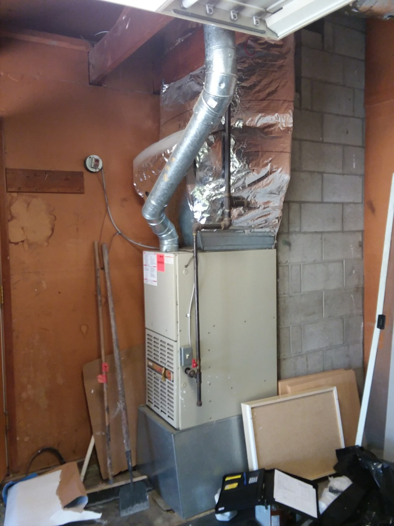 Bothell, WA - Repairing Payne furnace in Bothell.
