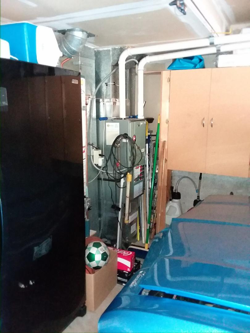 Mukilteo, WA - Repairing Rheem furnace in mukilteo.