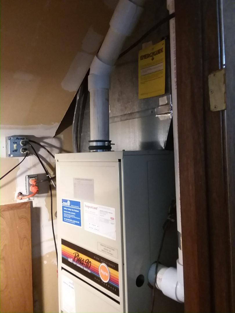 Kenmore, WA - Repairing Payne furnace in Kenmore.