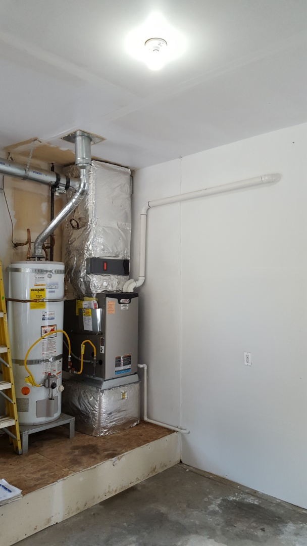 Monroe, WA - Just finished installing a Lennox 96% furnace for customers in Monroe today customers are happy to have more efficient heating system installed in their home