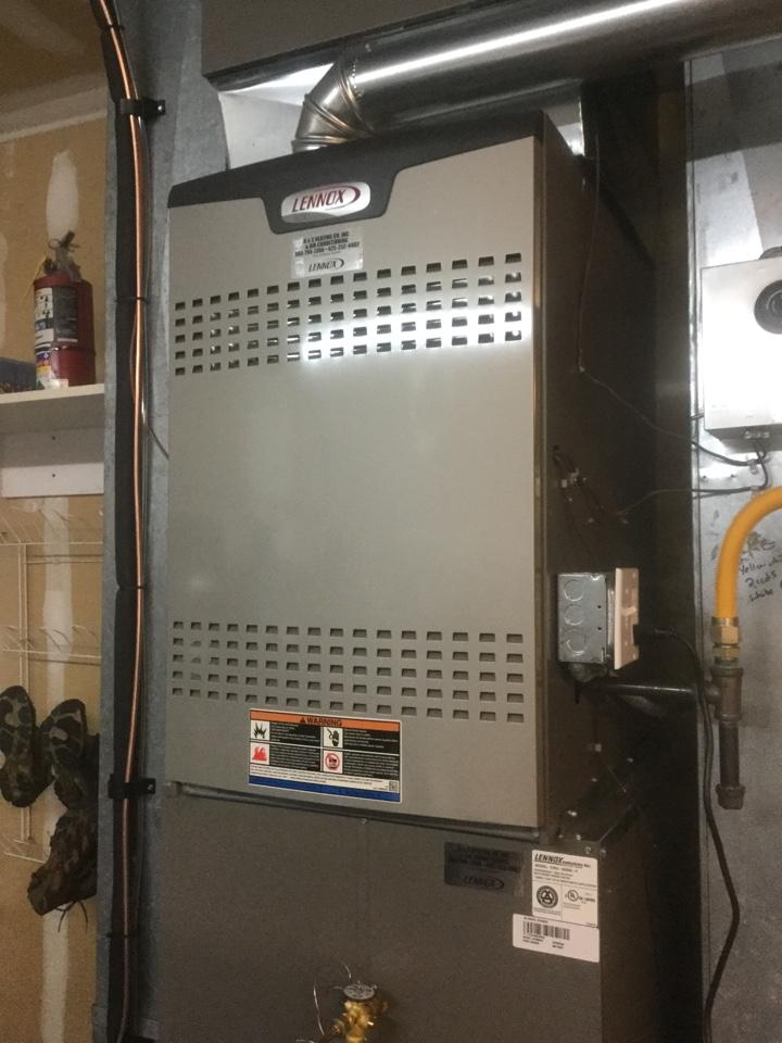 Snohomish, WA - Ran diagnostics on a Lennox gas furnace in Snohomish WA