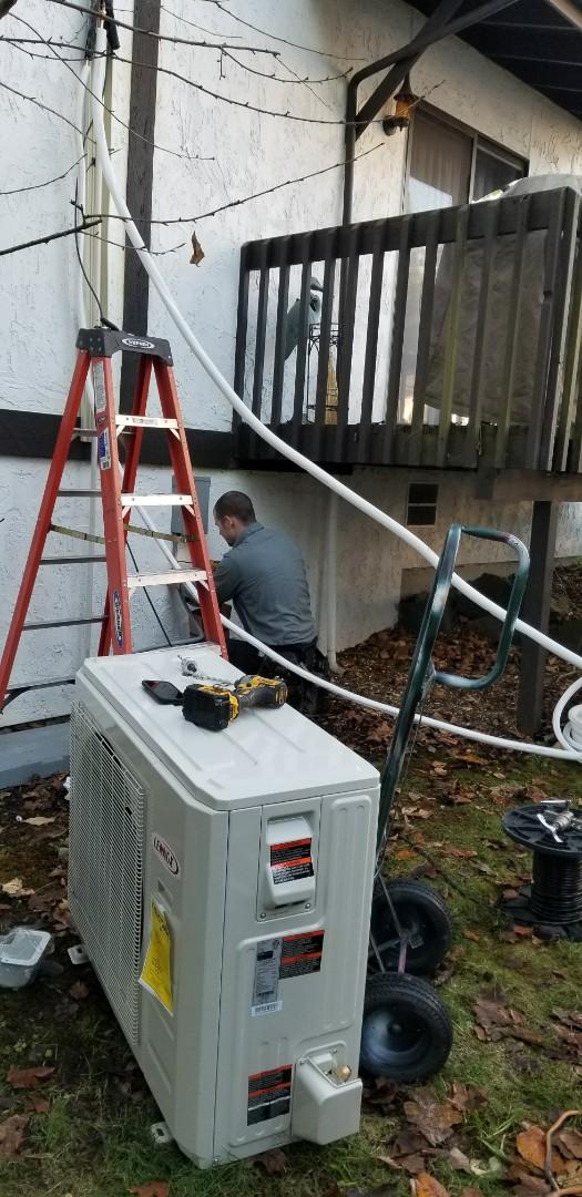 Edmonds, WA - Heat pump install, going to be warm tonight ??