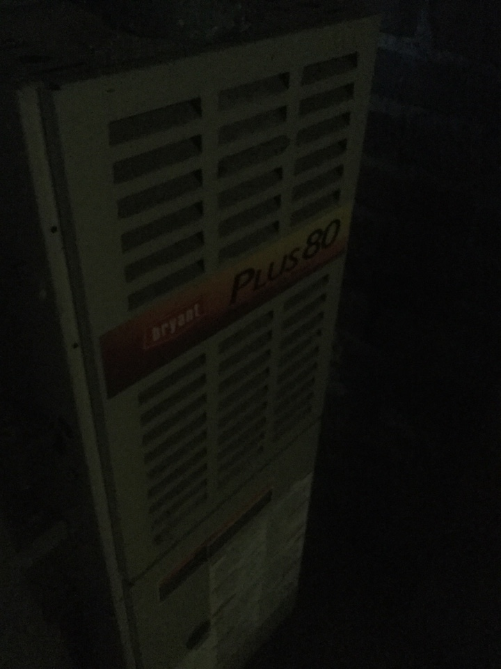 Everett, WA - Performing a service call on a Bryant gas furnace in Everett, WA