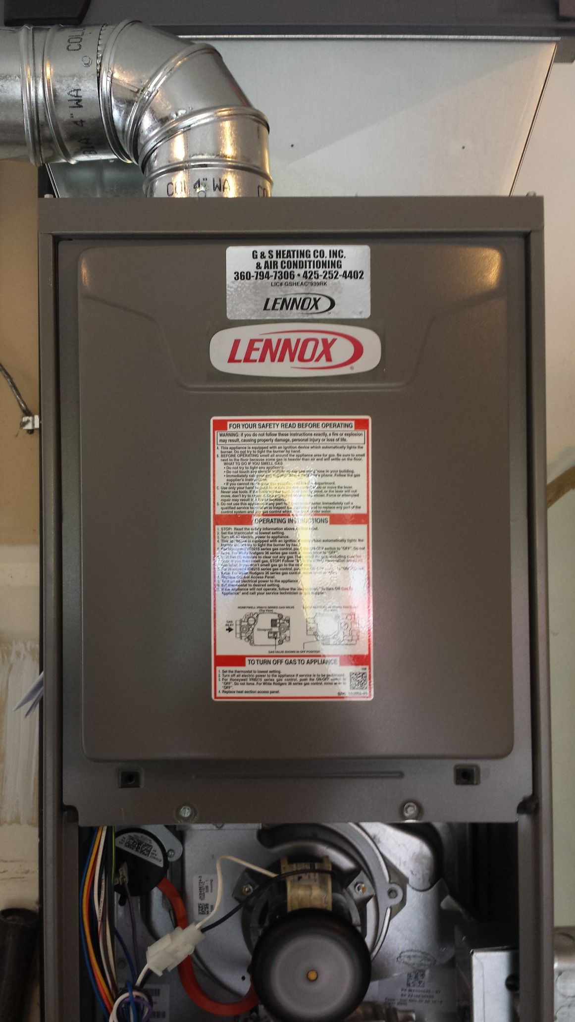 Snohomish, WA - Co.pleted maintenance on a Lennox gas furnace in Snohomish.