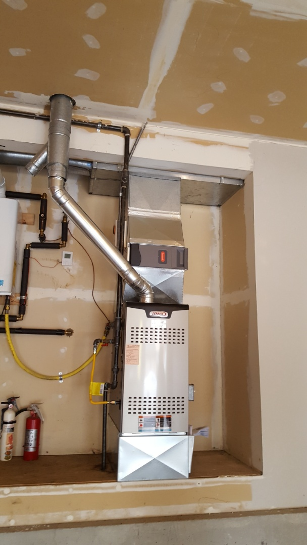 Mukilteo, WA - Just finished installing a Lennox 2-stage 80% gas furnace for customer in Mukilteo. Customer happy to have more efficient heat installed