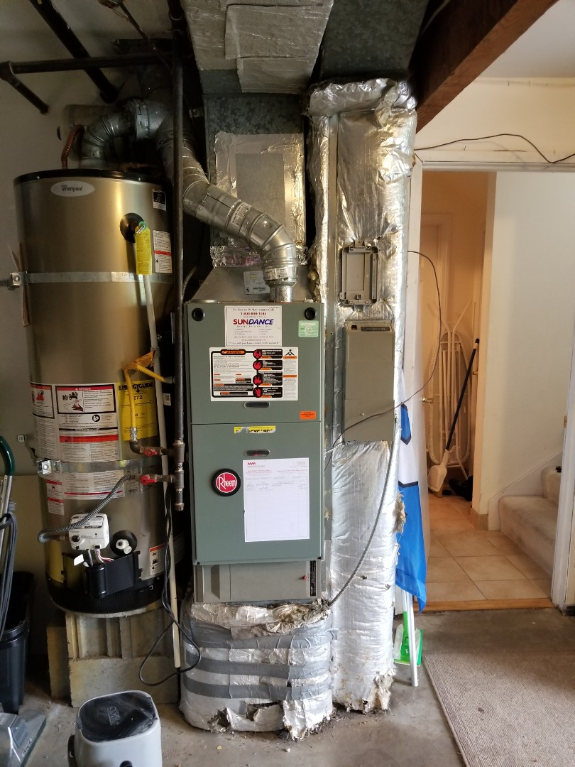 Kenmore, WA - Providing an estimate to install a Lennox Elite Series EL16 air conditioner in Kenmore.