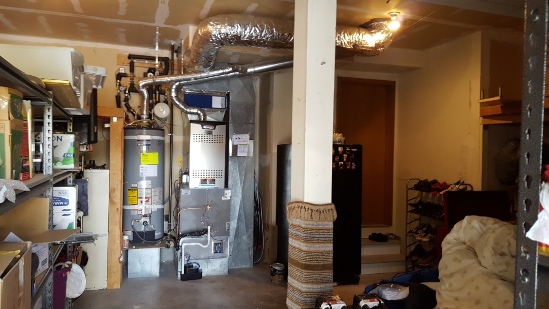 Lynnwood, WA - Just finished 2 day job installing new 4 ton gas furnace 4 ton heat pump hybrid system for customers in Lynnwood today