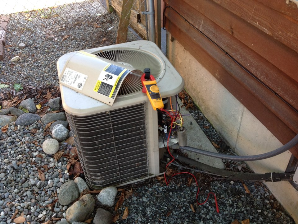 Monroe, WA - Lennox ac unit replaced capacitor