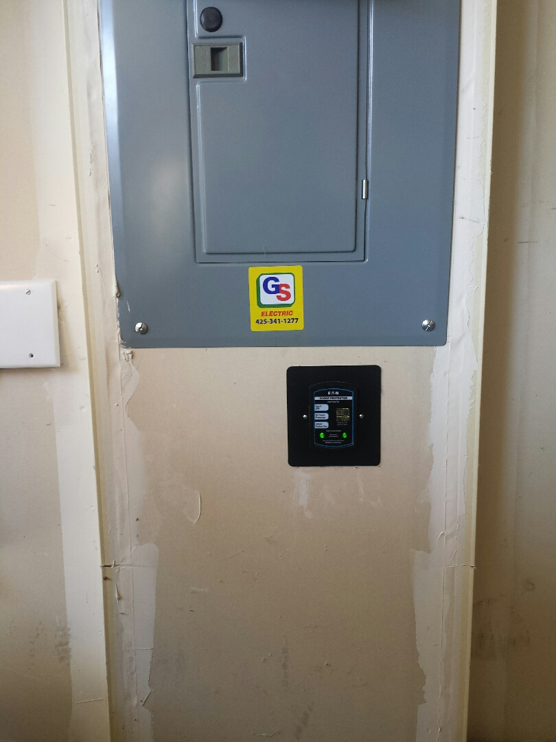 Lynnwood, WA - We installed a dedicated 30 amp electrical circuit with an Eaton Air conditioning disconnect for a 3 ton Lennox Air Conditioner. We also installed a Eaton Whole Home Surge Protection.
