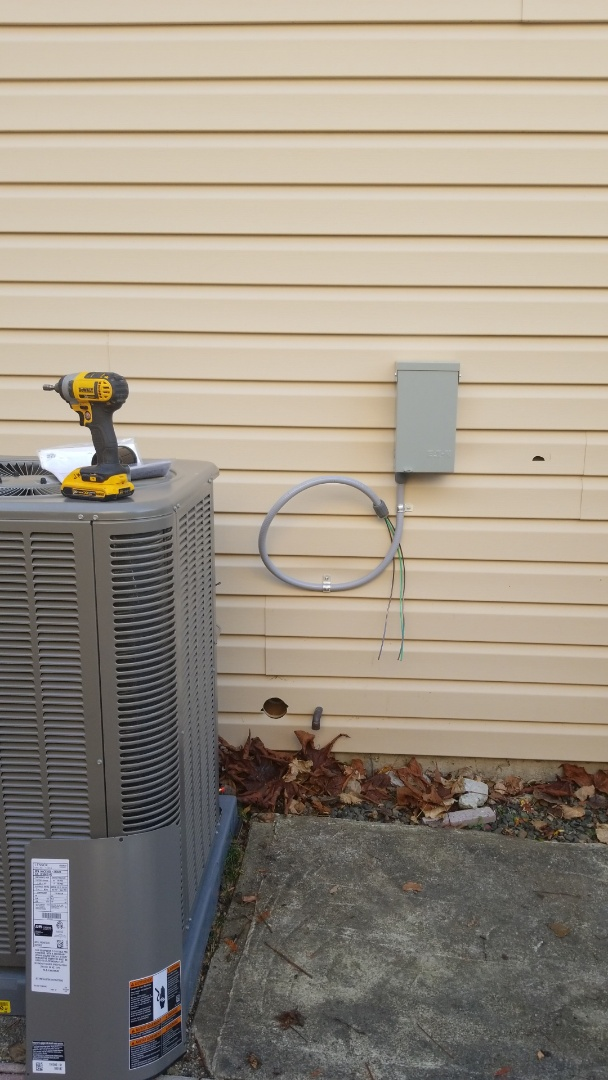 Lynnwood, WA - We are installing a brand new dedicated 240 volt circuit for a Lennox 2.5 ton Air Conditioner. We are also running a 120 volt dedicated outlet to be used for servicing the outdoor unit.