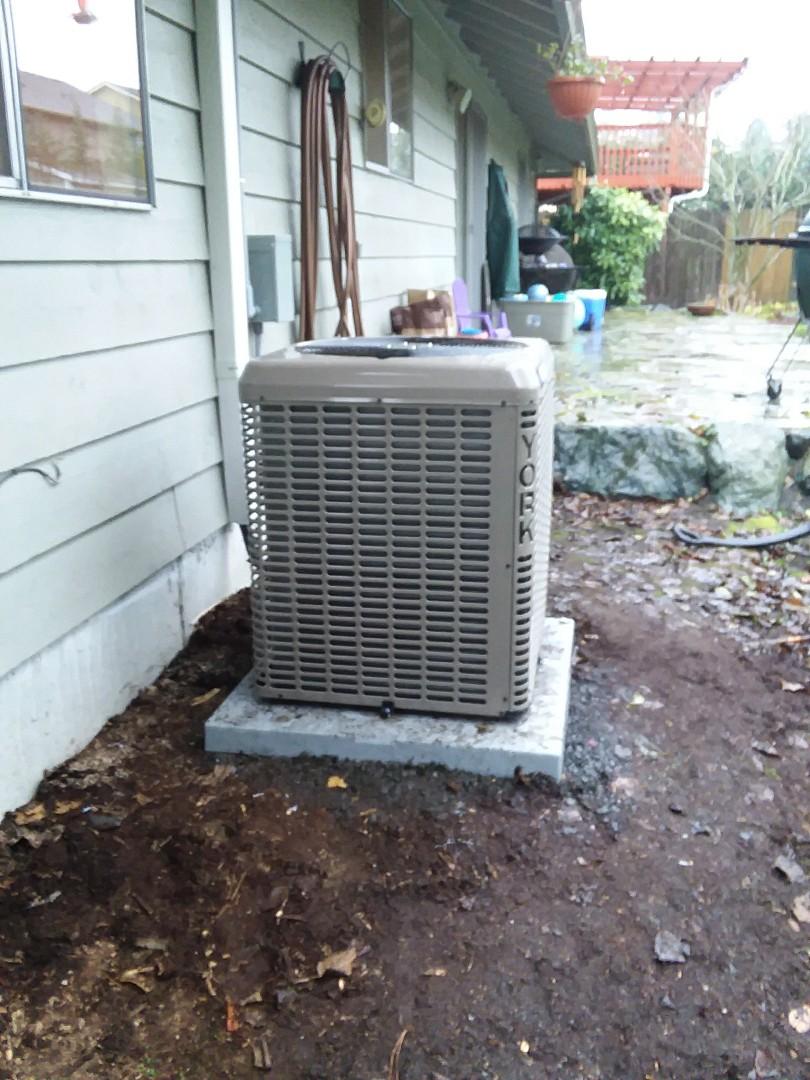 Lynnwood, WA - York heat pump