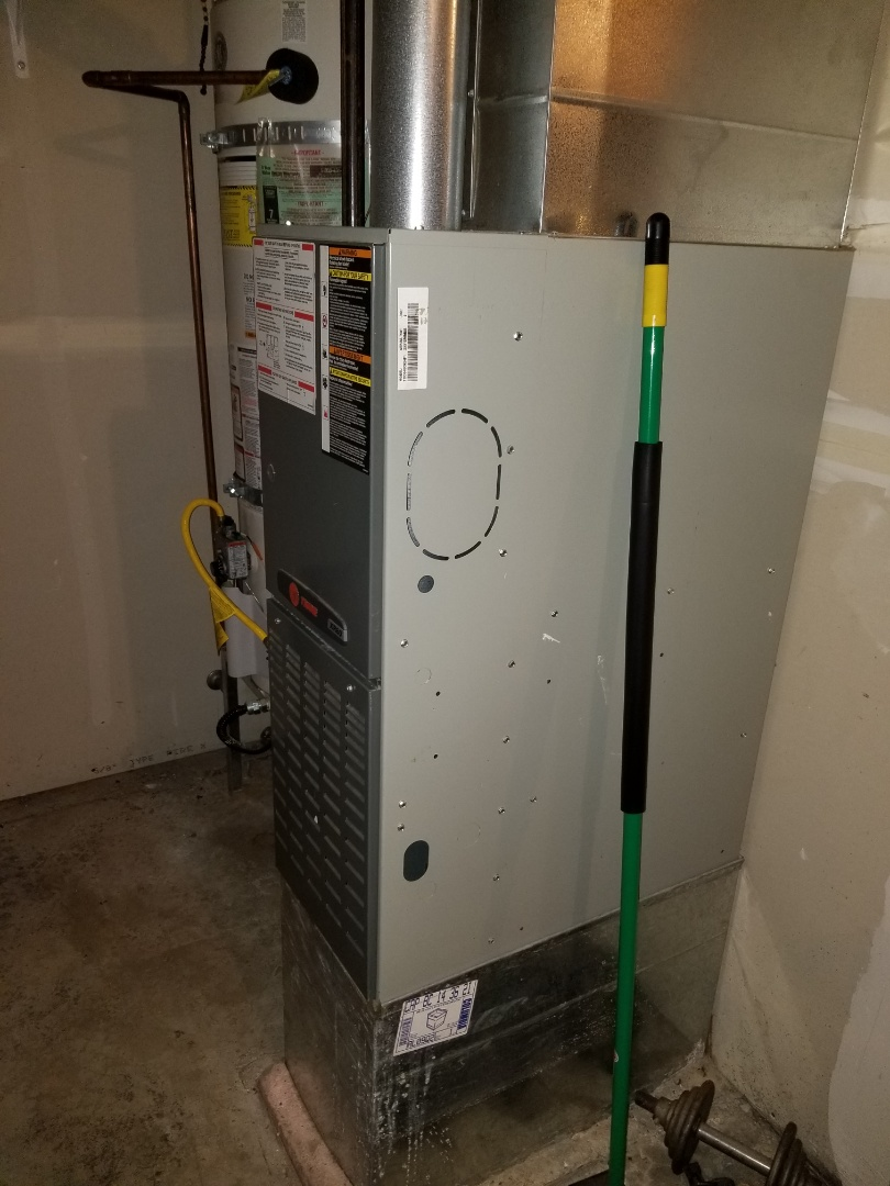 Camano Island, WA - Providing an estimate to install a Lennox Elite Series furnace in Lake Stevens.
